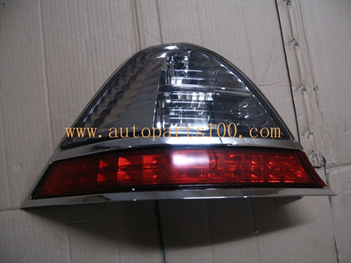 Genuine Honda 33500-SF0-641 Taillight Assembly